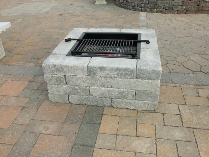 pavestone square fire pit harken 39 s landscape supply garden center east windsor ct. Black Bedroom Furniture Sets. Home Design Ideas